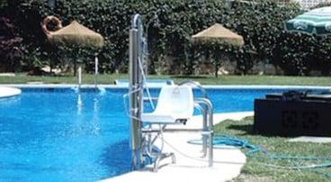 Grúas de piscina