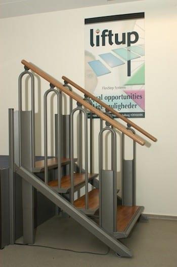 Escalera convertible en plataforma elevadora al mejor precio for Escaleras con plataforma precios