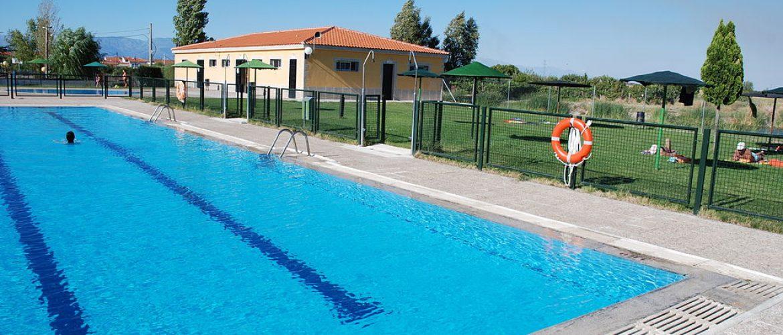 escalera piscina minusvalidos
